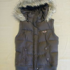 Small Hollister Vest w Fur Hood